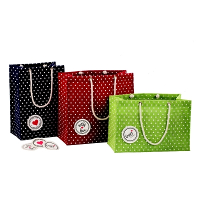 Polka's Gift Bag With Detachable Patch. (GIFT002)