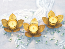 Set of 3 Golden Lotus Tea Light