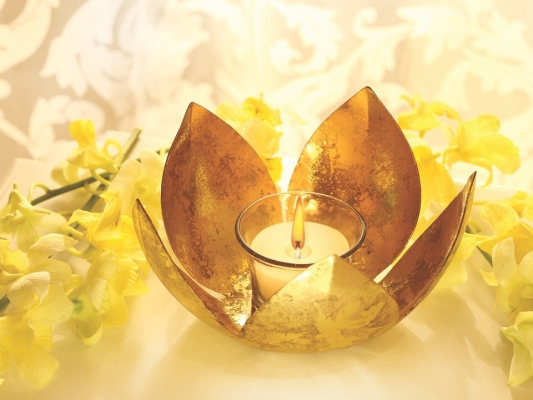 Golden Lotus Tea Light
