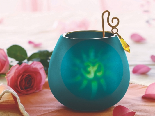 Blue decorative tea light