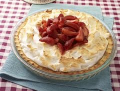 STRAWBERRY PIE WITH MERINGUE