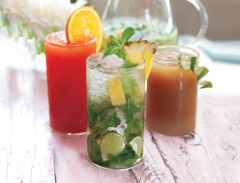 Pineapple and lemongrass cooler